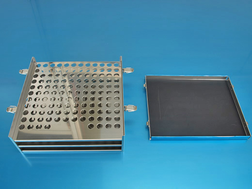 タレパン加工で絞り、パンチングを施したステンレス製試験管ケース